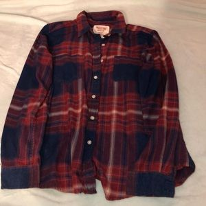 Large red and blue women's boyfriend fit flannel